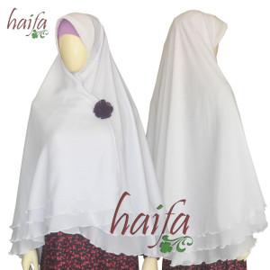 Jilbab-putih-tiga-lapis