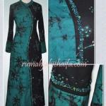 Gamis batik asimetris milik Mba Pusvita