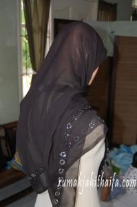 Jilbab segiempat bahan paris